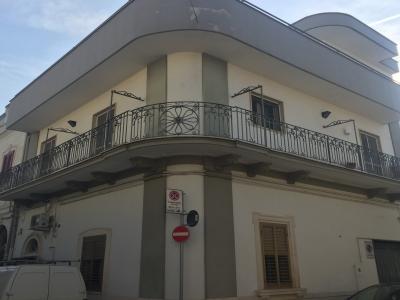 adelfia - canneto casa indipendente con lastrico solare di proprietà