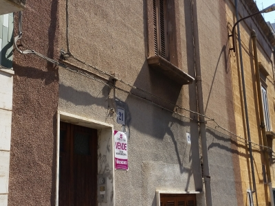 Casa indipendente Carbonara con tavernetta e terrazzo